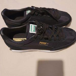 NWOT Mens Sneakers